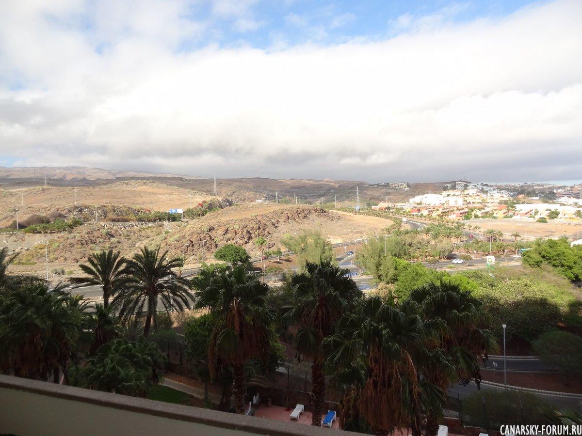 Из окна отеля