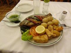 Обед в Лас-Пальмасе (ресторан недалеко от центрального рынка)