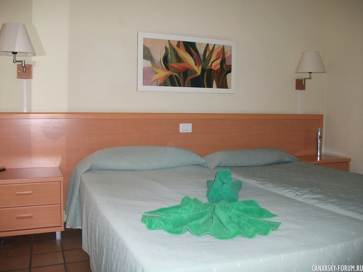 Отель Bungalows El Cardonal, спальня