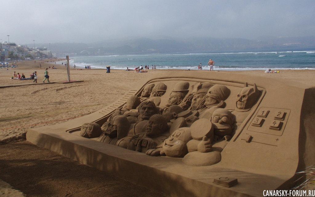 Лэнд-Арт на песчаном пляже Лас Кантерас 4