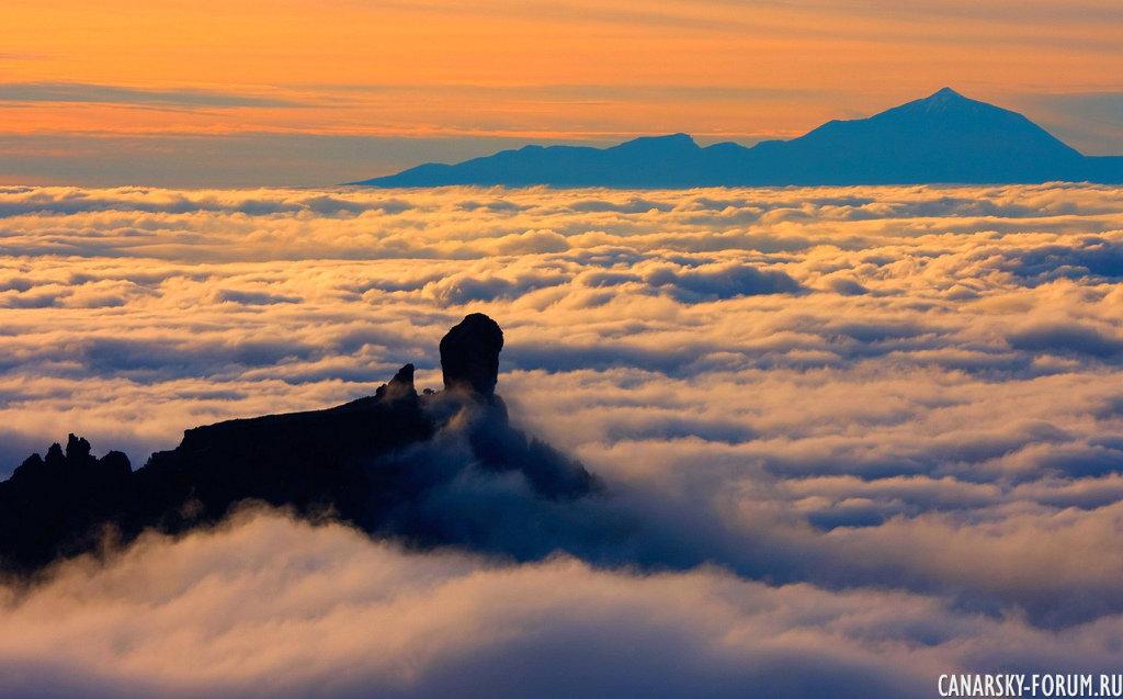 Выше облаков... Роке Нубло и пик вулкана Тейде соседнего о. Тенерифе