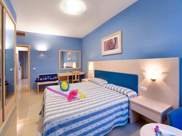 Gloria_Palace_San_Agustin_room.jpg