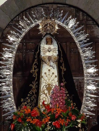 Virgendolores.jpg