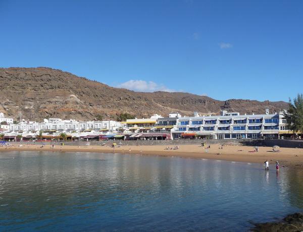 Puerto_de_Mogan-Canarsky-Forum10.jpg